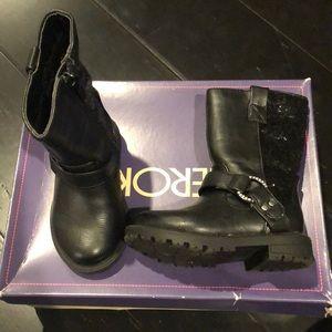 Cherokee zip up combat style boots
